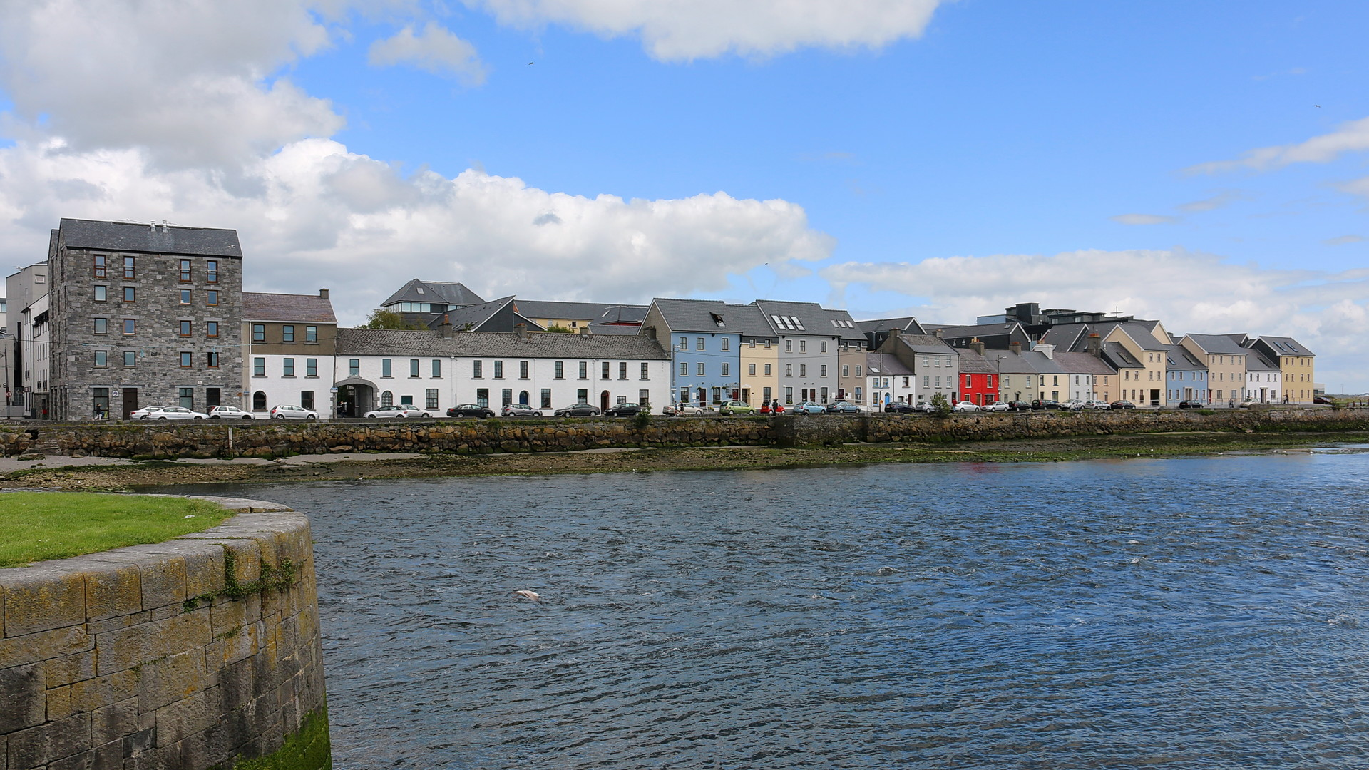 Erasmus experience in Galway, Ireland by Camille