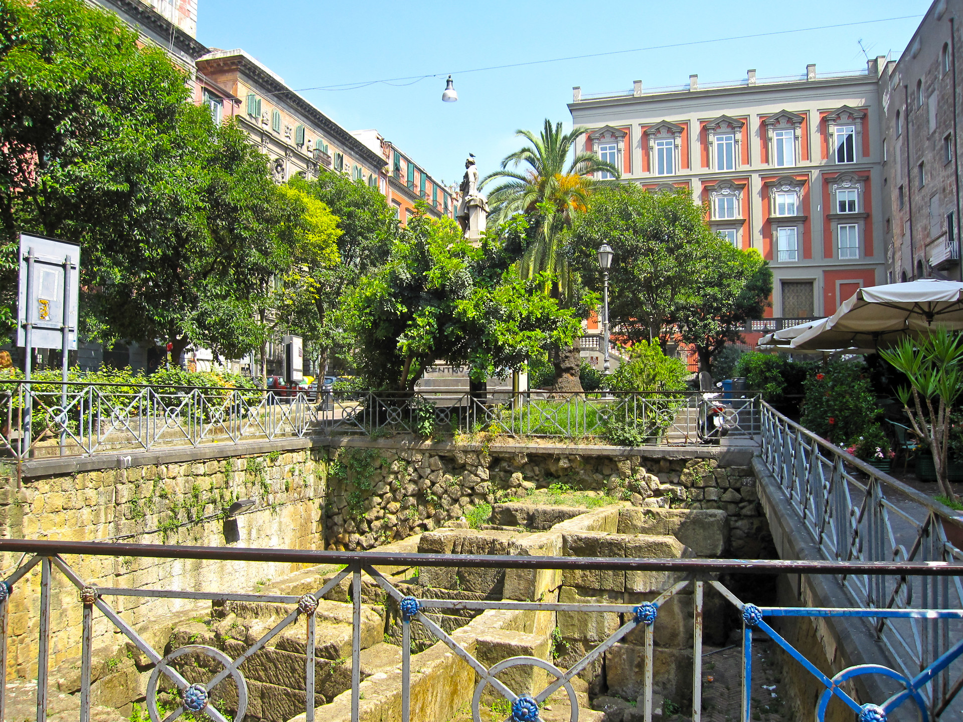 Erasmus experience in Naples, Italy by Cris.