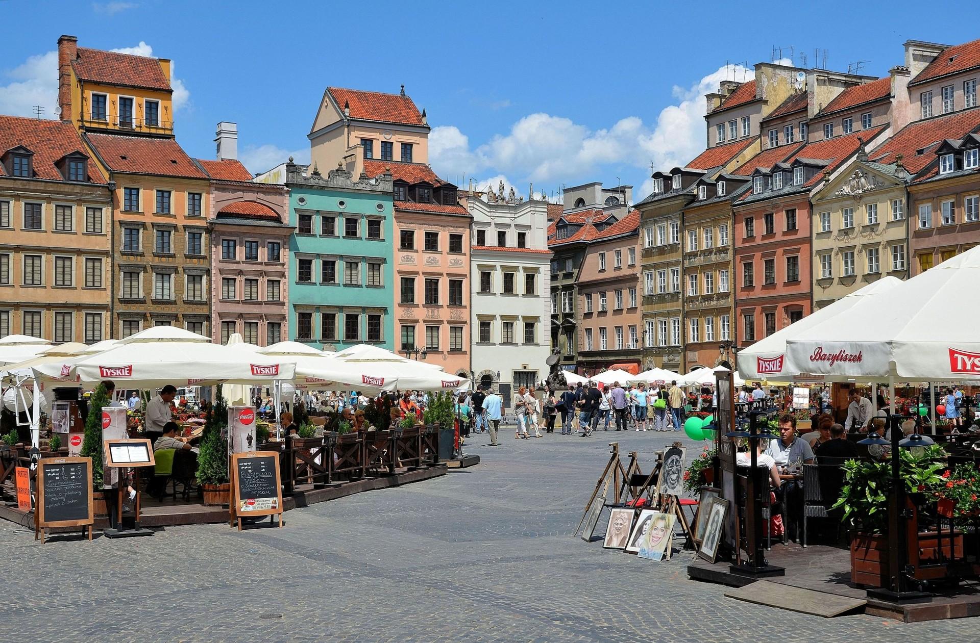 Erasmusowa przygoda w Warszawie, Polska według Angelosa