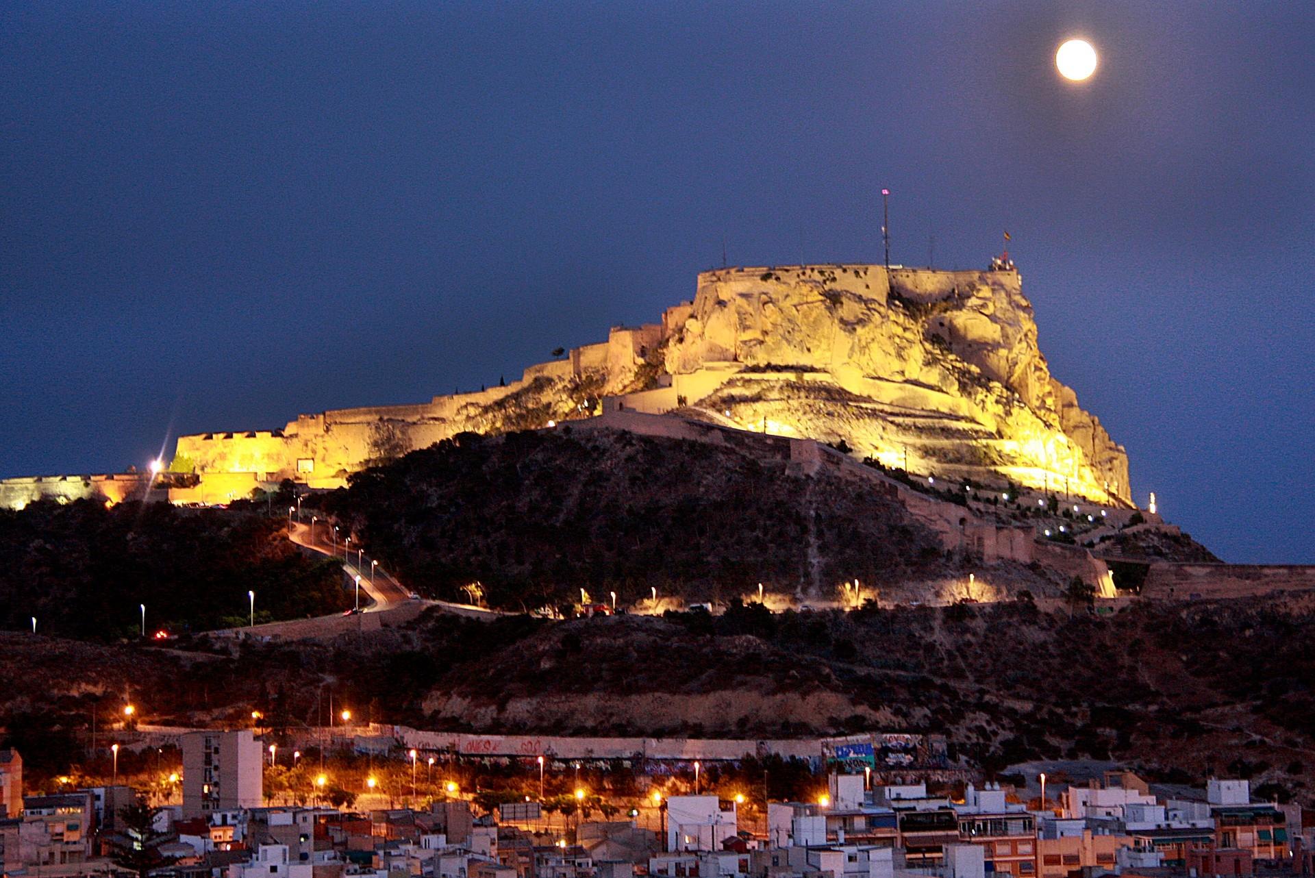 Erasmusowe doświadczenia W Alicante, Hiszpania oczami Marion