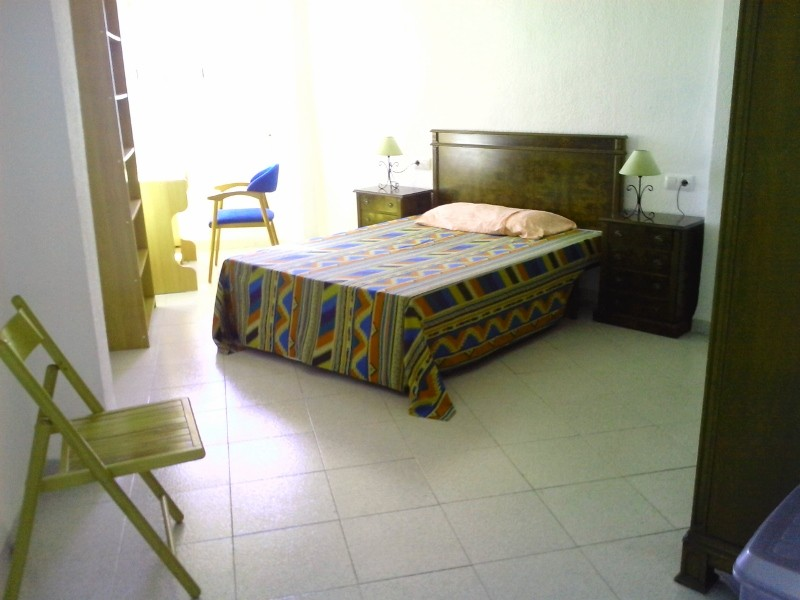 Espectacular habitacion para compa era o compa ero cama for Precio habitacion matrimonio completa