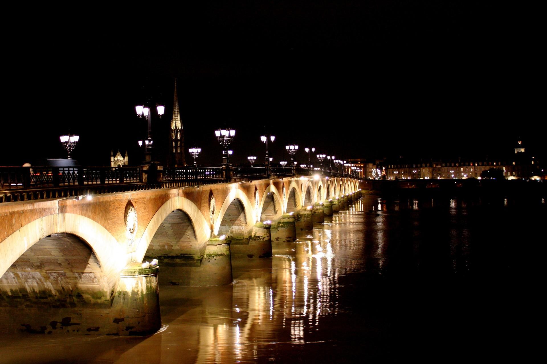 Esperienza a Bordeaux, Francia di Ary