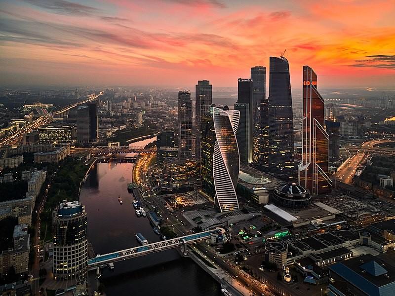 Esperienza a Mosca, Russia, di Nedra