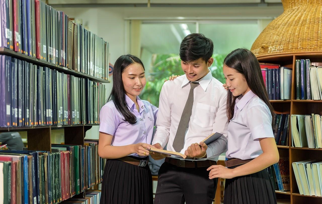 Esperienza all'Università Malaya, Malesia, di Nur