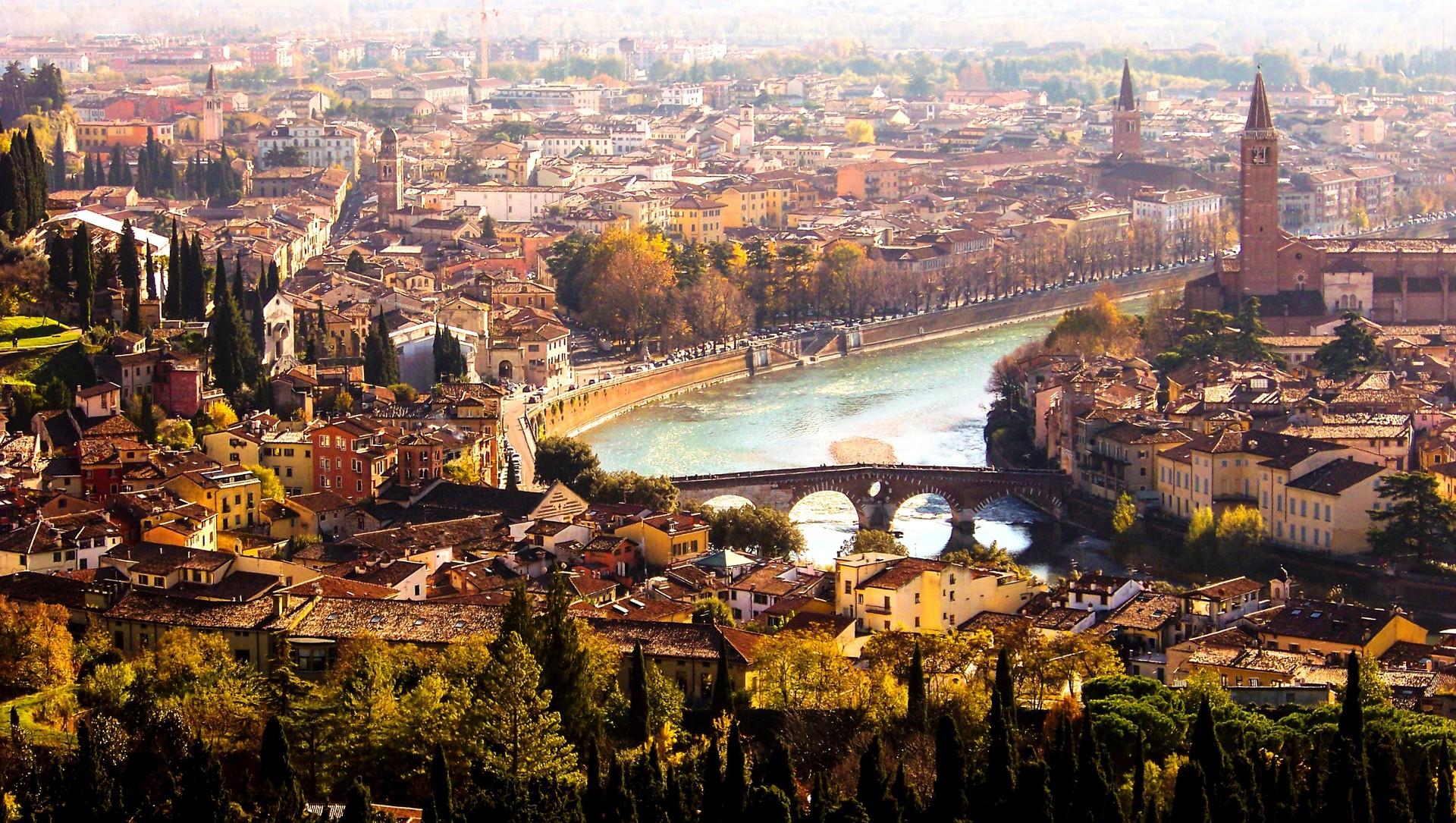 Esperienza a Verona, Italia, di Adriano