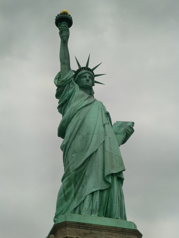 La estatua de la libertad qu ver en nueva york for Interior estatua de la libertad