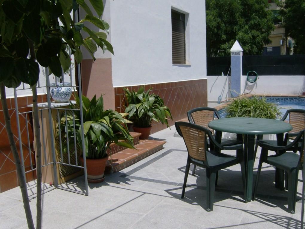 Estudio zona residencial c ntrico nuevo tranquilo - Alquilar estudio en granada ...