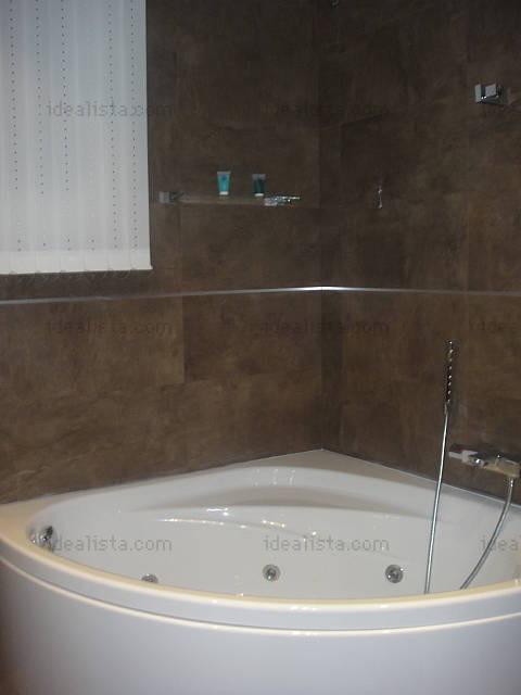estupenda habitaci n doble en piso con piscina en legan s