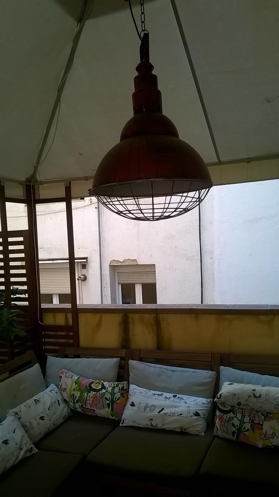 Estupenda habitación en piso amplio y soleado en Madrid