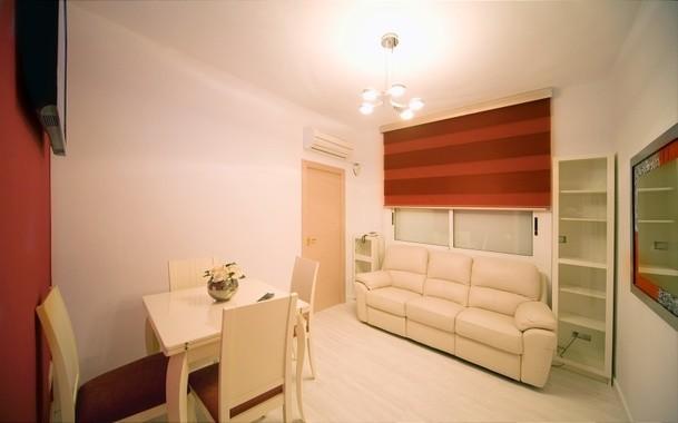 Estupendo piso cerca de la barceloneta alquiler pisos for Alquiler de habitaciones para 3 personas