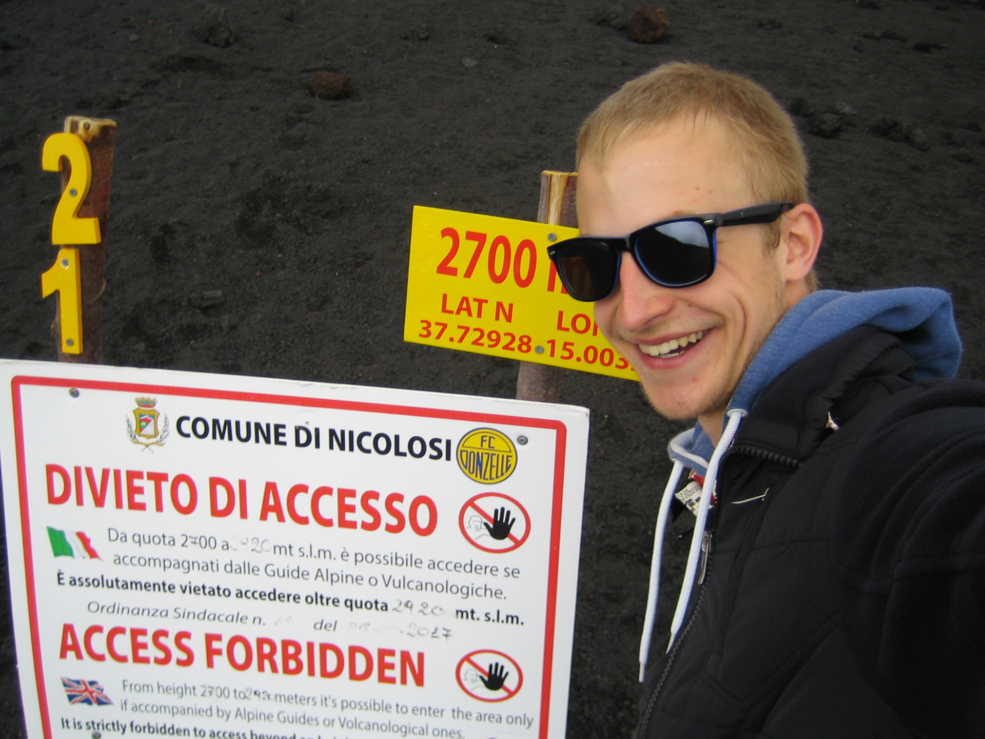 etna-sign-you-shall-not-pass-58c09ef91ef