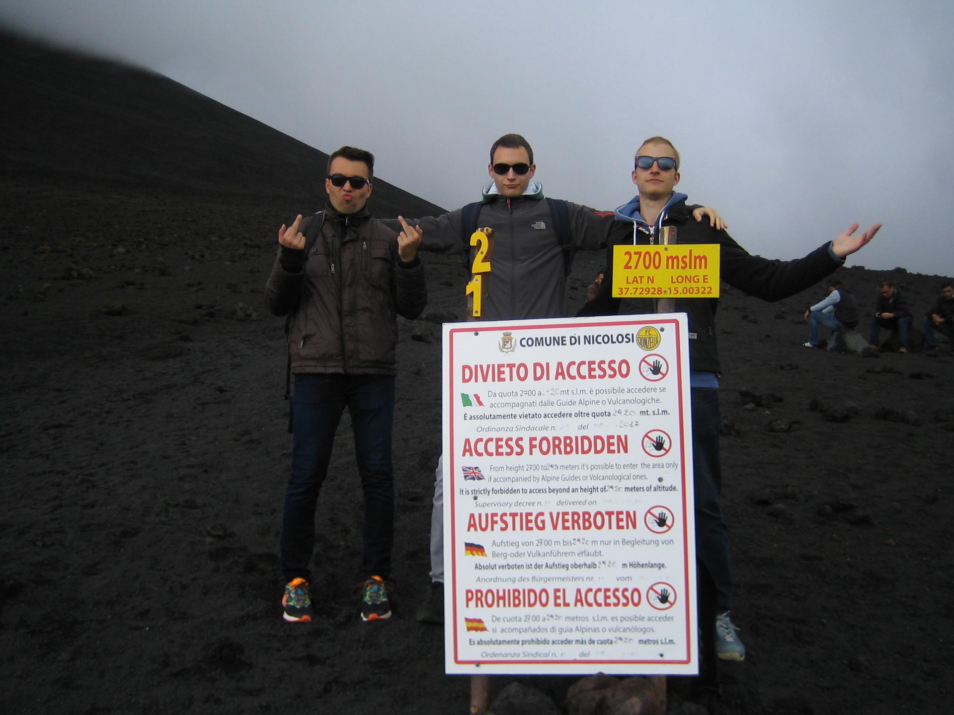 etna-sign-you-shall-not-pass-e4beb30b64c