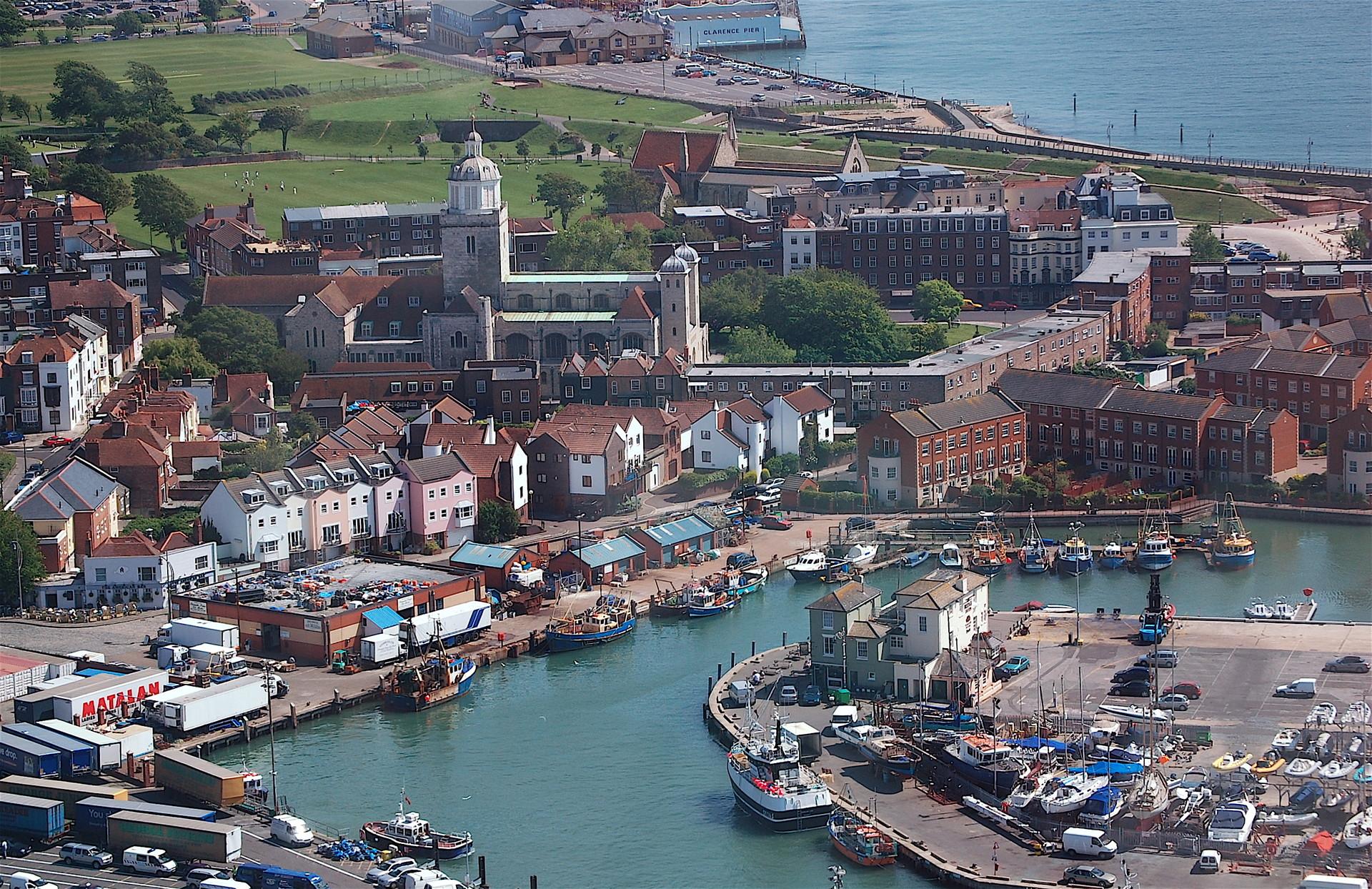 site de rencontres gratuit Portsmouth passer des meilleurs amis à la datation