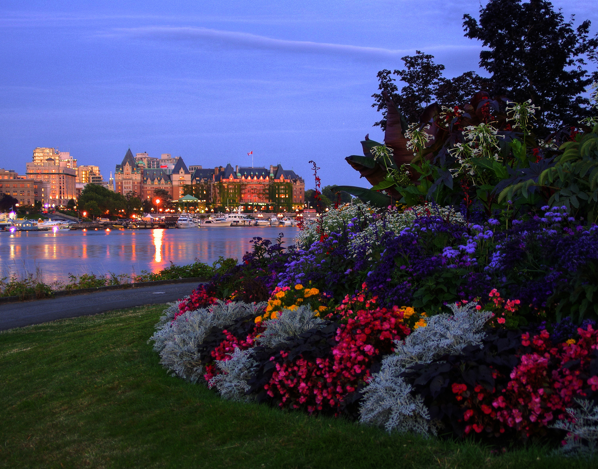 victoria bc how to get there from vancouver