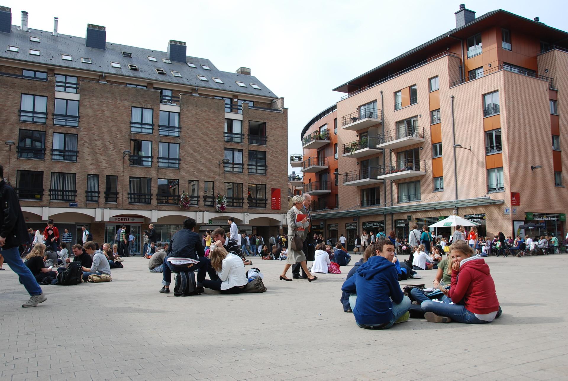 Experiência em Louvain-la-Neuve, Bélgica, por Clélie