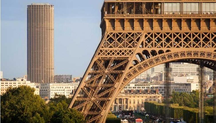 Experiência em Paris, França por Nadine