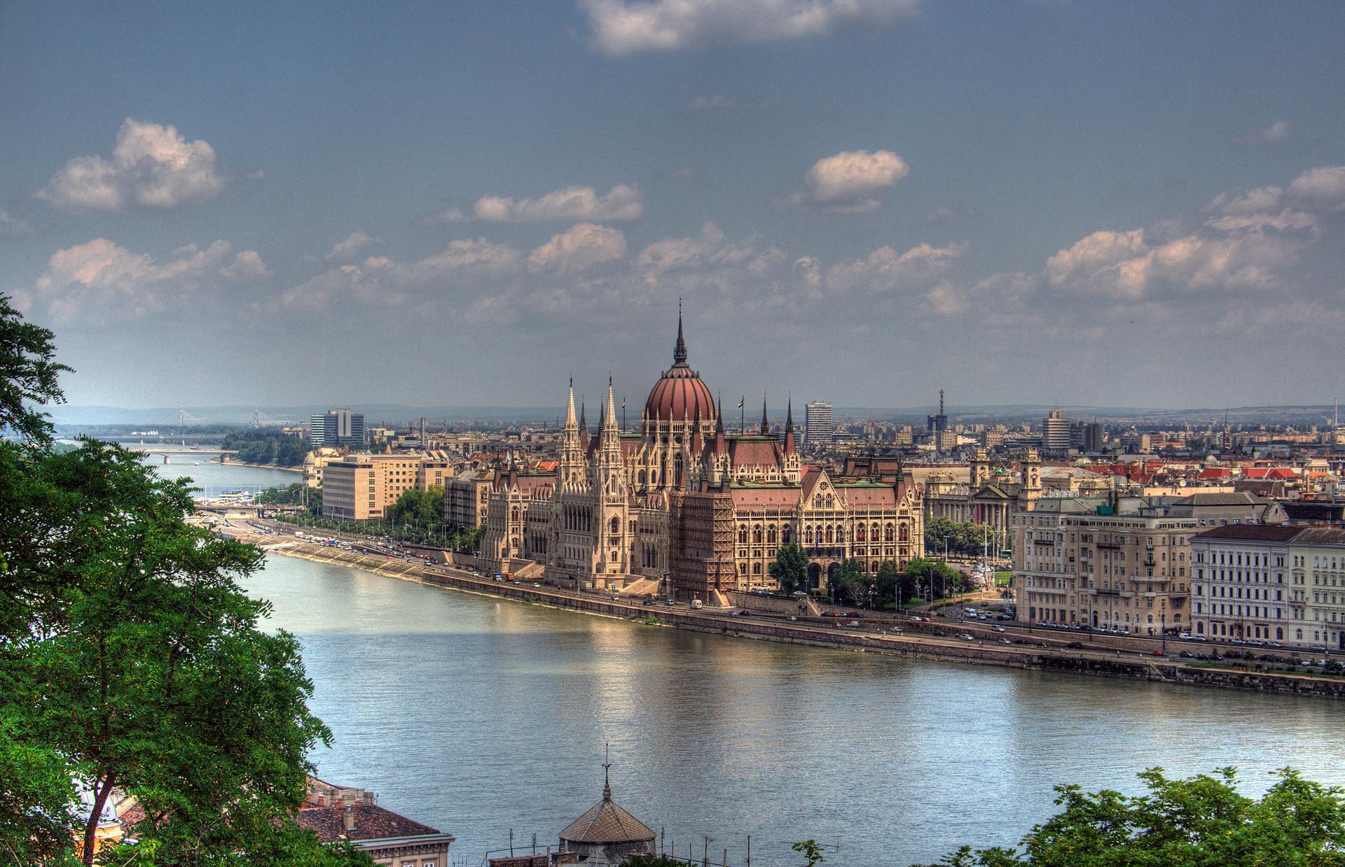 Experiencia Erasmus en Budapest, Hungría por Adriano