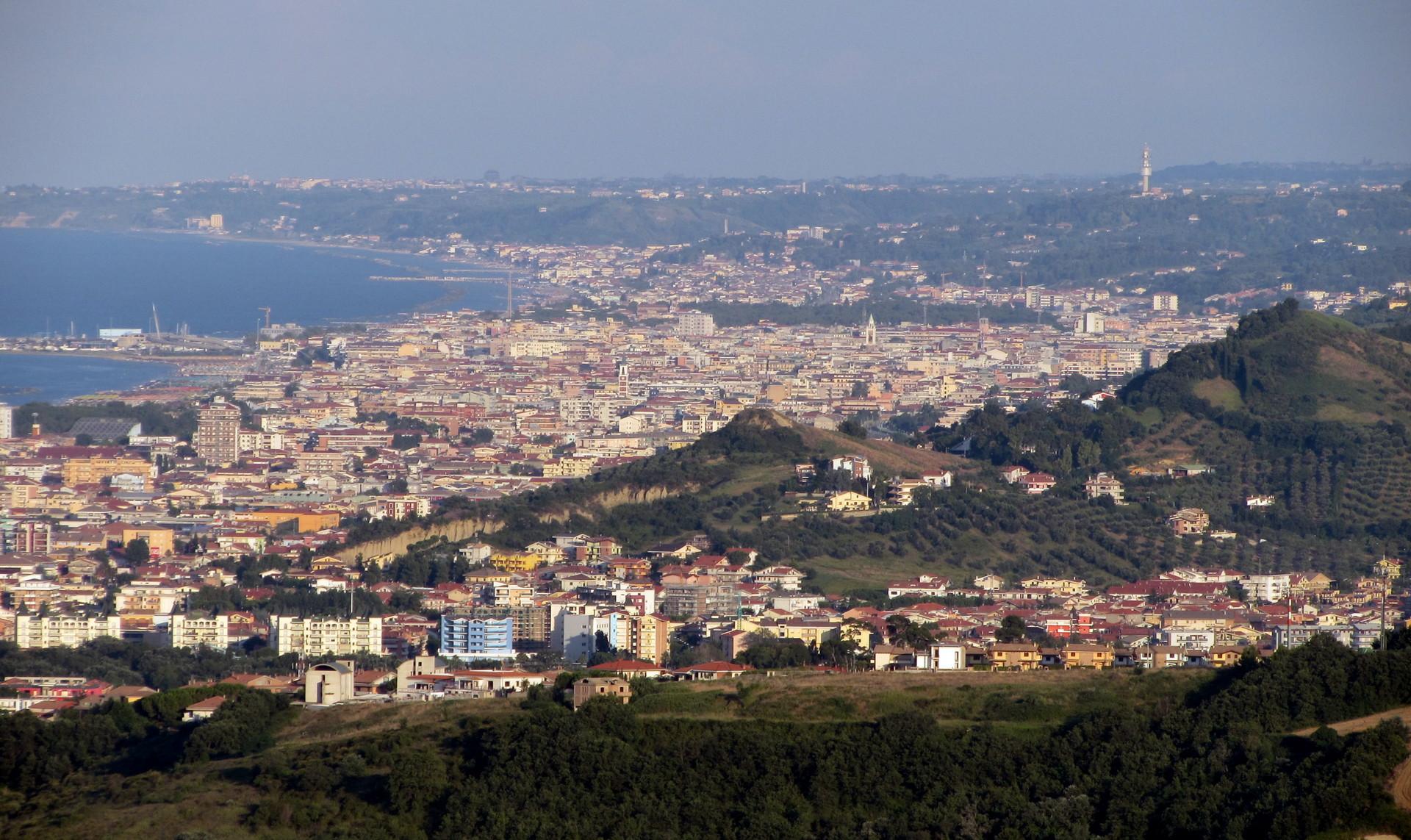 Experiencia Erasmus en Pescara, Italia, por María