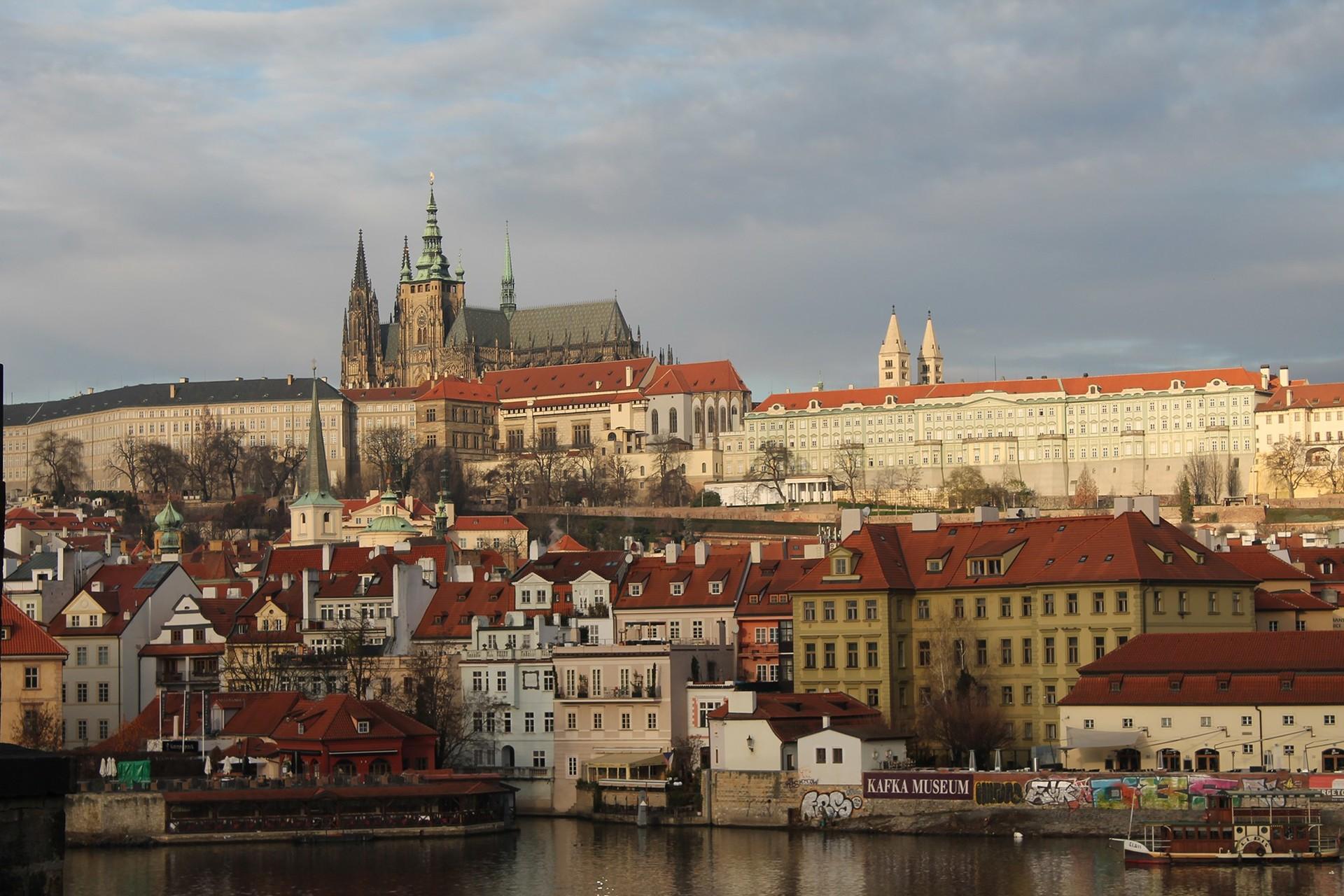 Experiência na Charles University em Praga, República Checa por Jan