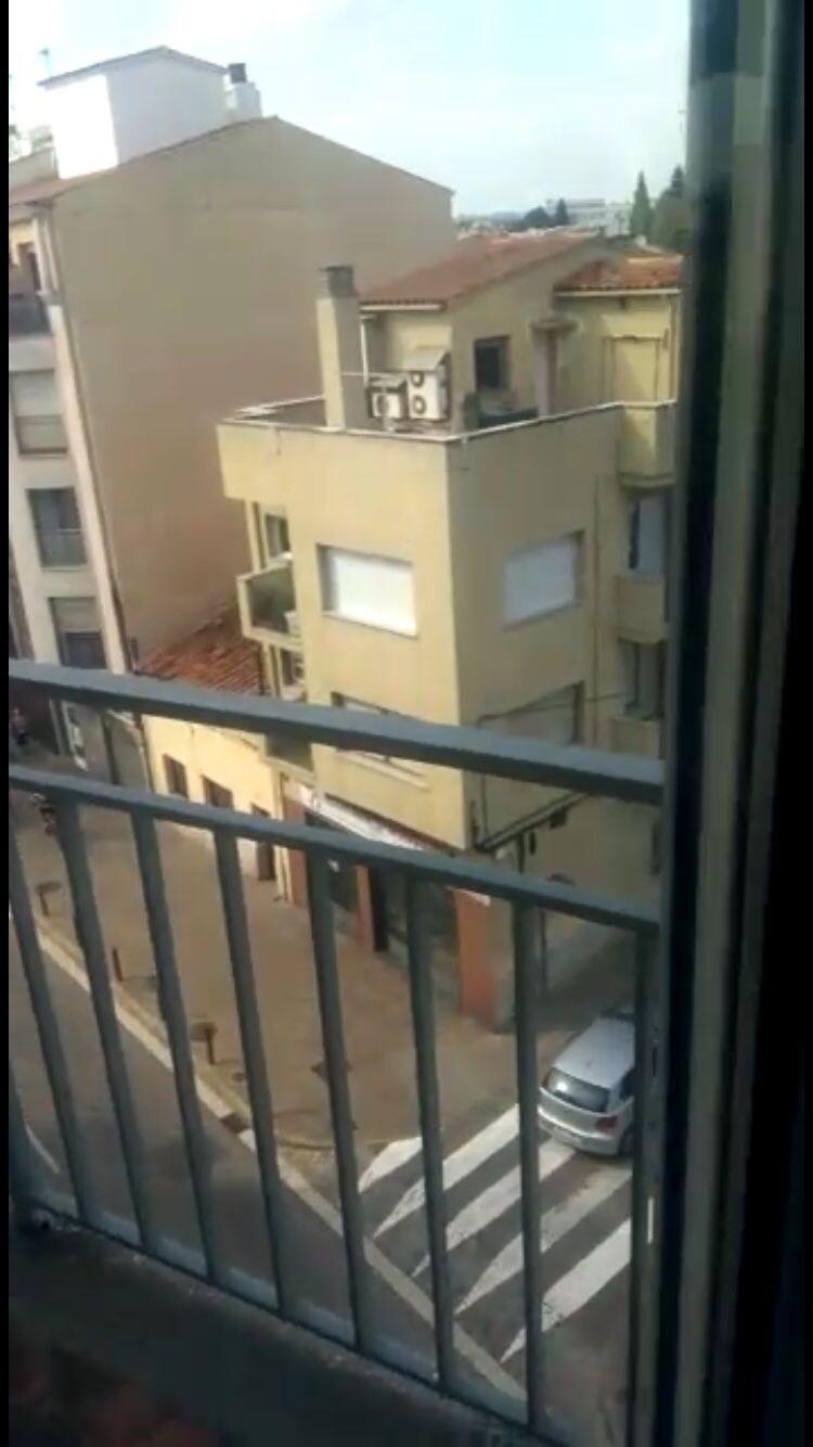 Habitacion en piso grande, dos baños y dos terraza