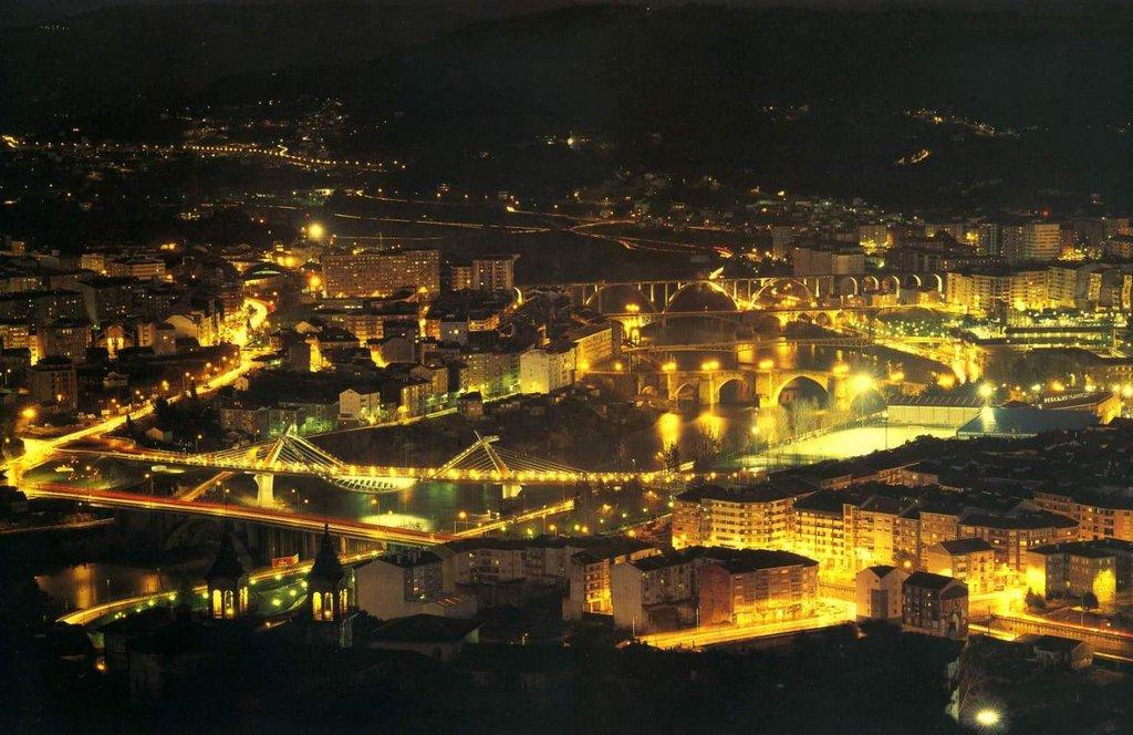 Ourense De Noche Erasmus Photo Ourense