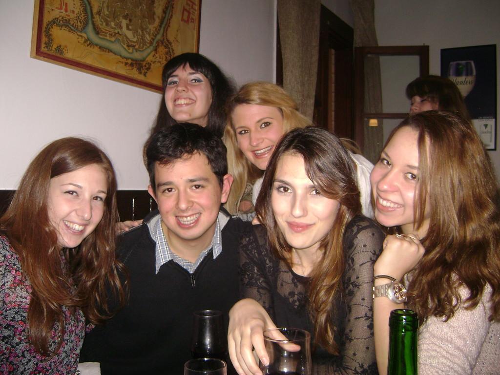fiesta-erasmus-toledo-espana-y-ole-44b40