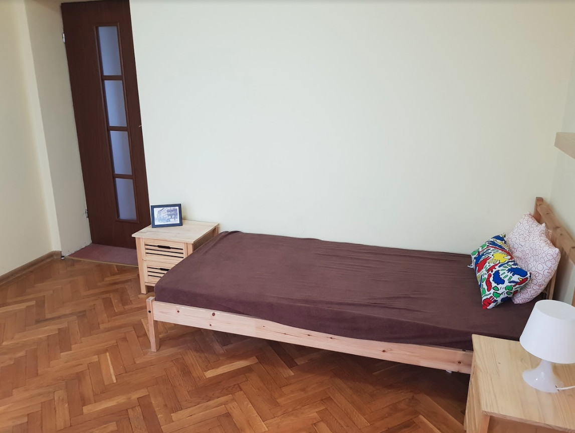 For rent sunny room