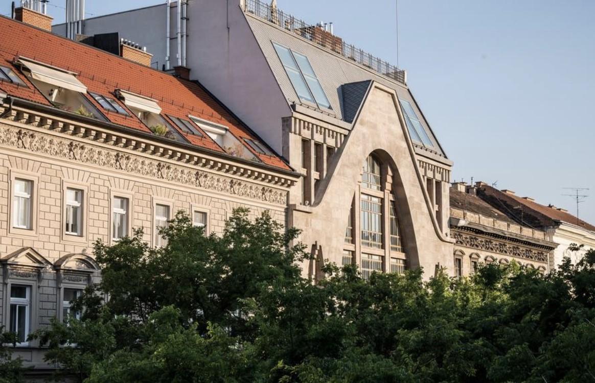 Budapest,  Andrássy út 44