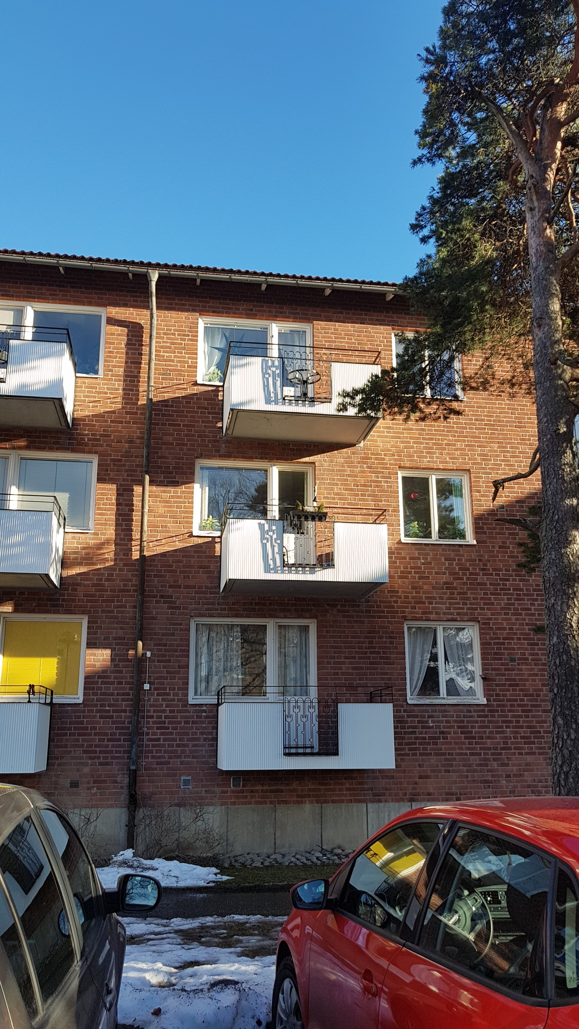 Fully furnished close to the underground and Stockholm City