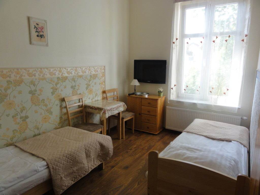 Fully Furnished Room Available For Rent In Sopot Room