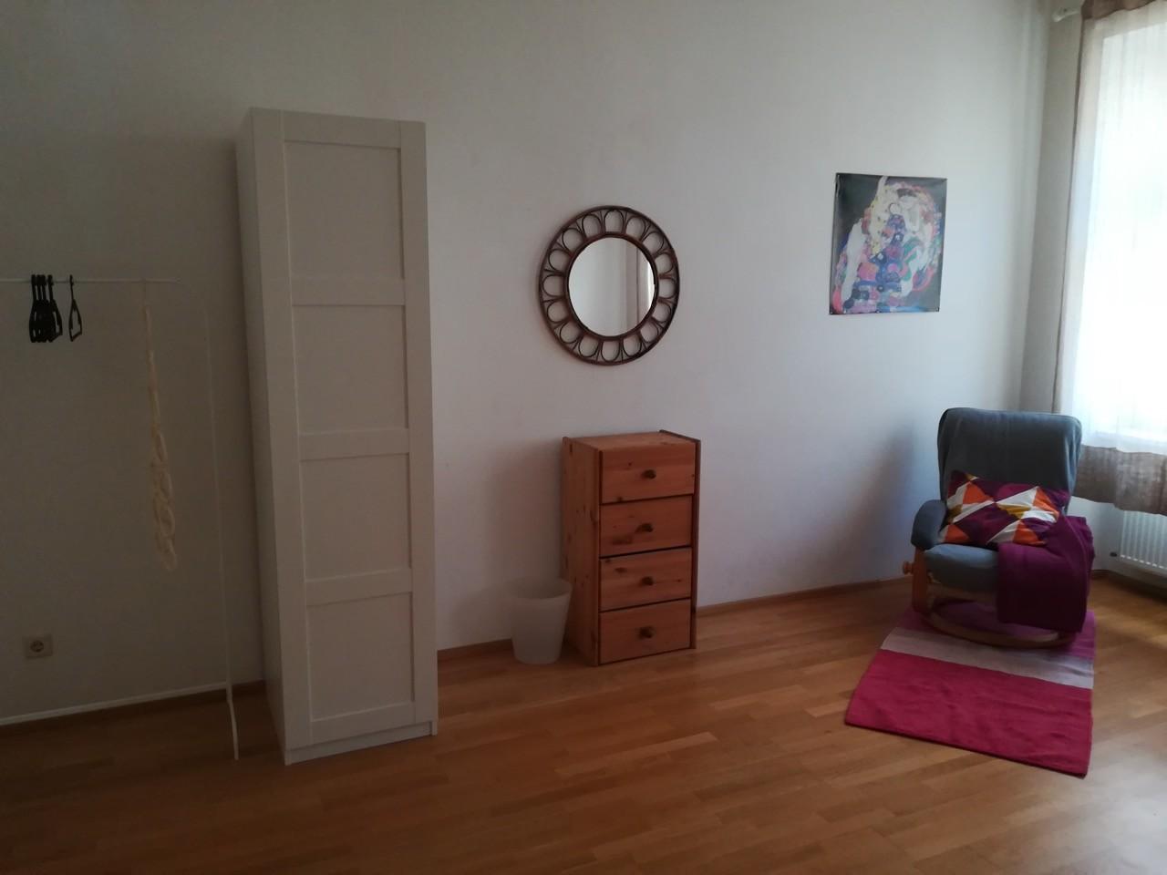 furnished-25-qm-room-e-500-all-inclusive-near-central-station-92a68f83eab5c063f2cbb52f2ec15b61