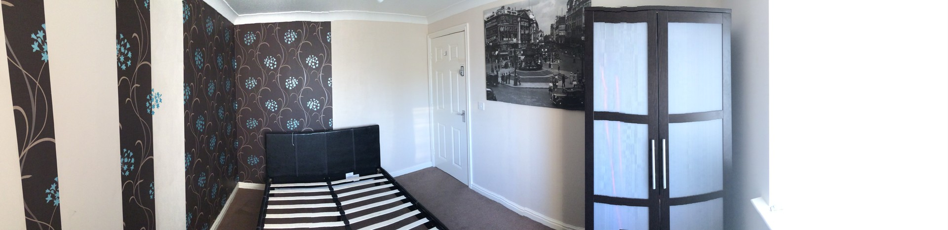 Furnished double room in modern 4 bed house. Close to A1& A66 mo