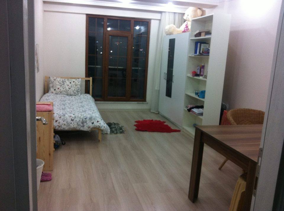 furnished-large-room-istanbul-03e3e45a495d60ef949d4b77a6e1cef4