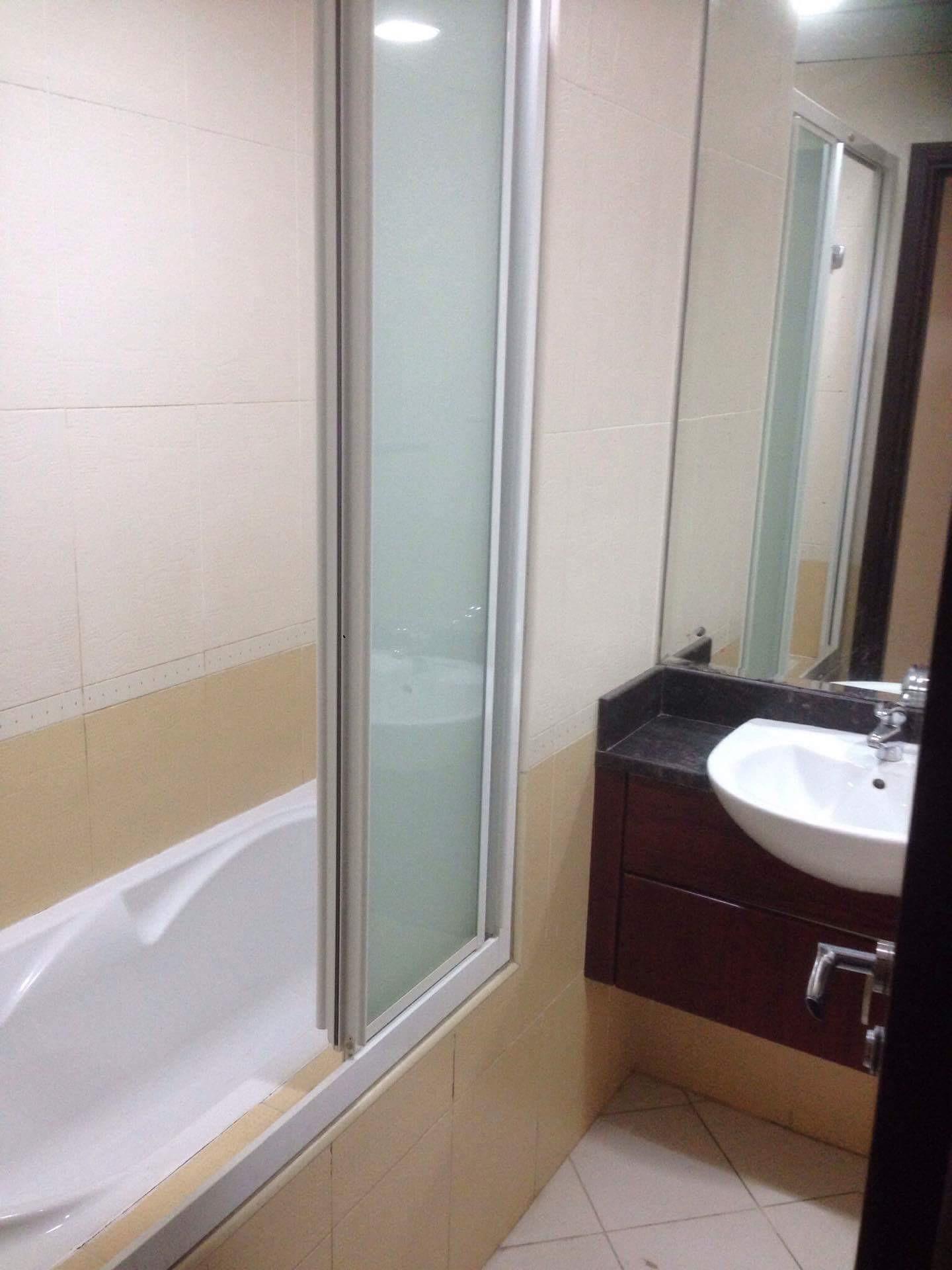 furnished-master-room-balcony-marina-1f1