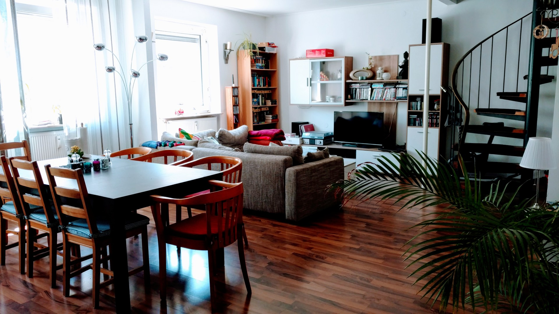 Furnished Room In A Beautiful Large Shared Girls Apartment ...