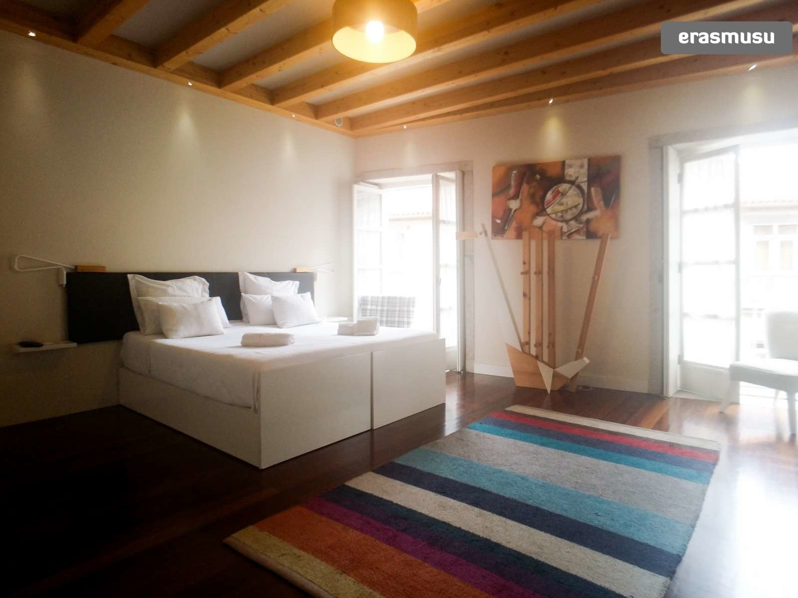 furnished-studio-apartment-rent-sao-nicolau-1d8709c3d98f463bccf0