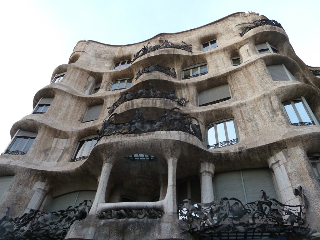 gaudi-extraordinary-building-maybe-488cb