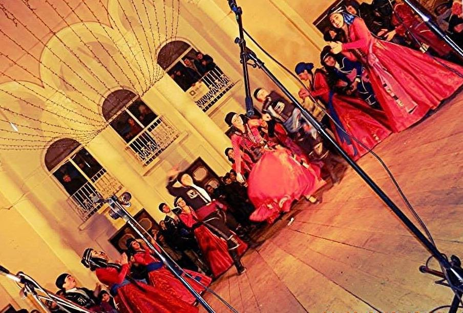 georgian-folk-dance-2cb4a2216d97170346dd