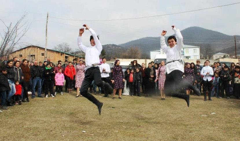 georgian-folk-dance-374c2ea5c263b37c5d3f
