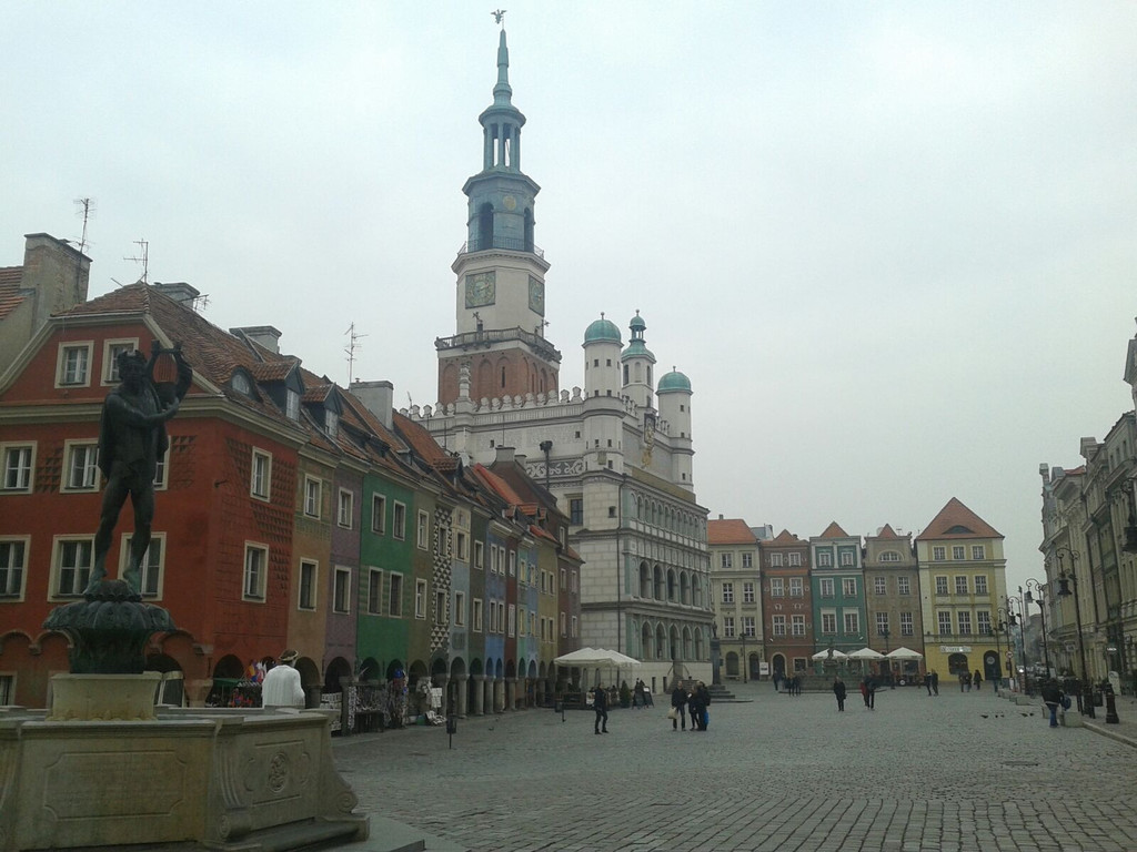 good-looking-poznan-8b43f41467c19e126656