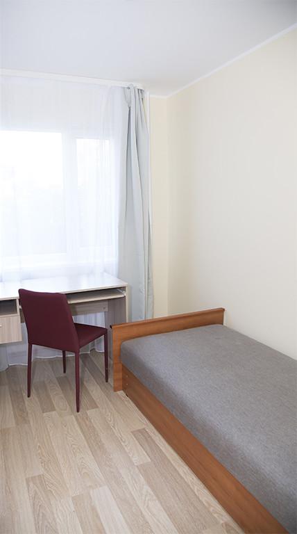 Good looking room in 5-room apartment near TUT