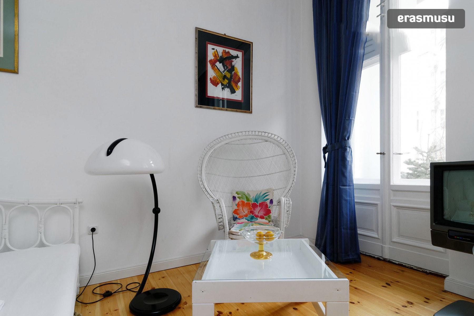 gorgeous-room-3-bedroom-flat-near-spiche