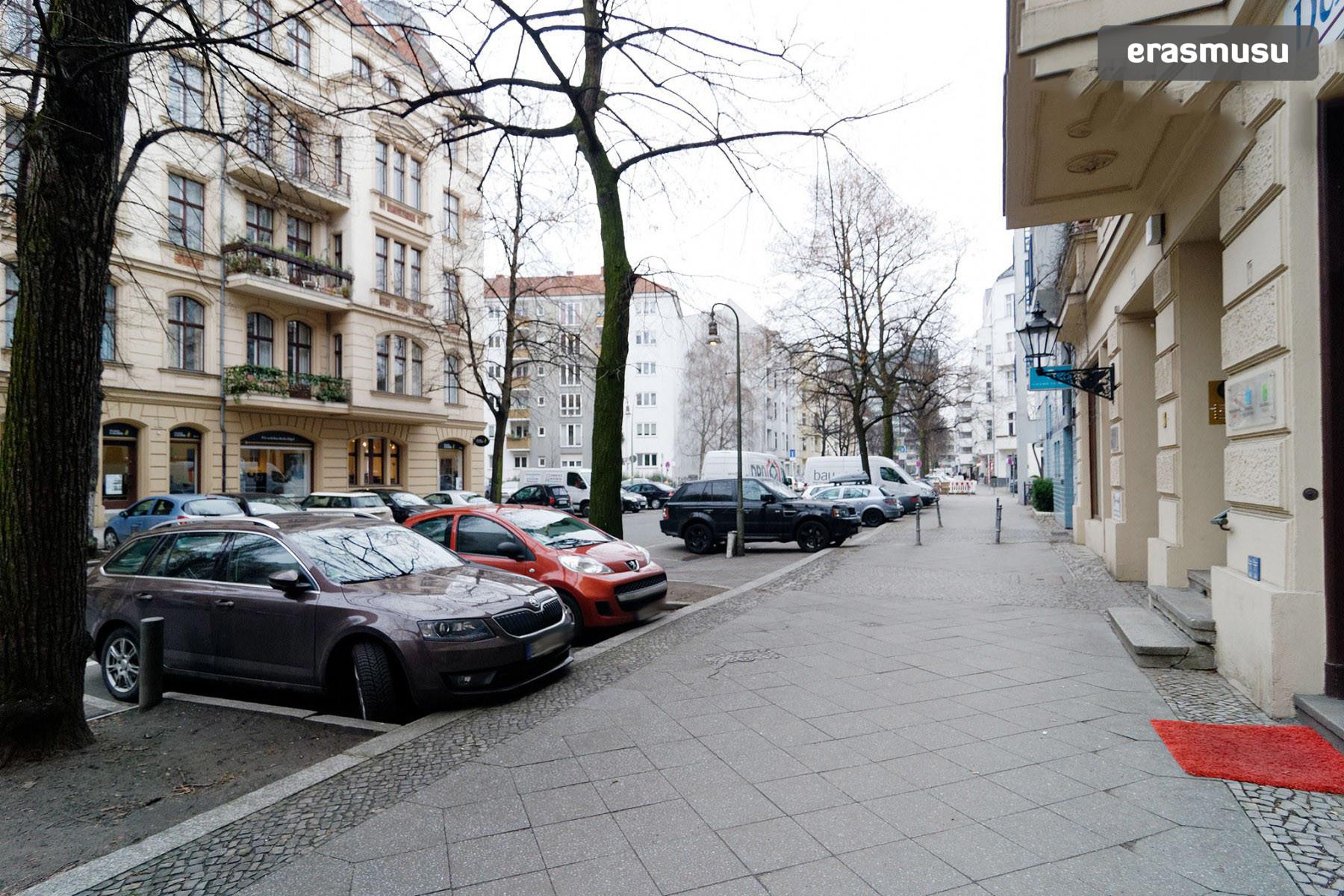 Pariser Str. 53,  10719 Berlin