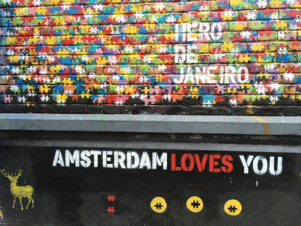 Graffiti in Spuistraat, Amsterdam