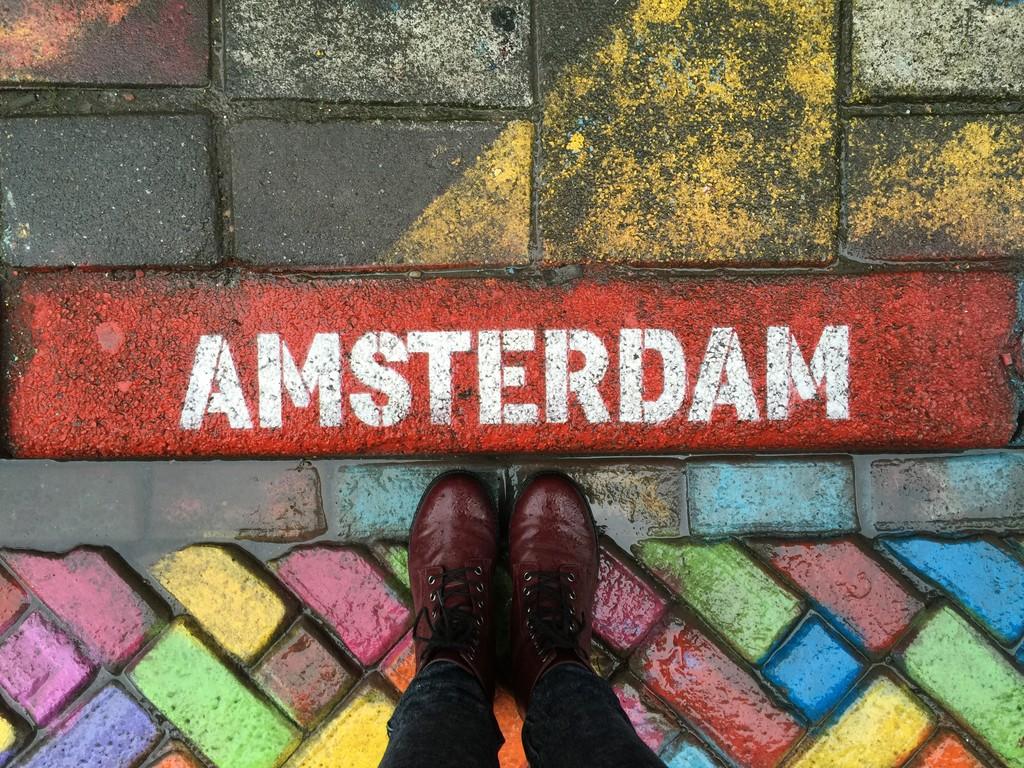 graffitis-spuistraat-amsterdam-5980f8317