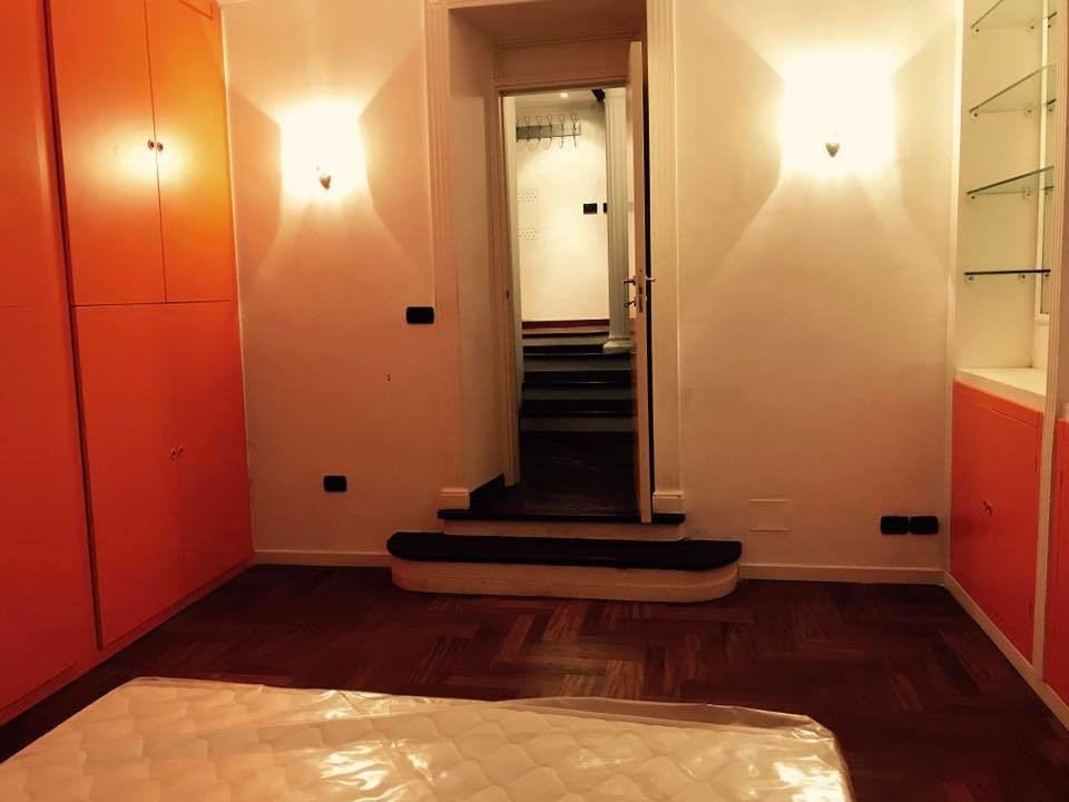 Grande e bellissima stanza matrimoniale con bagno privato in zona ...