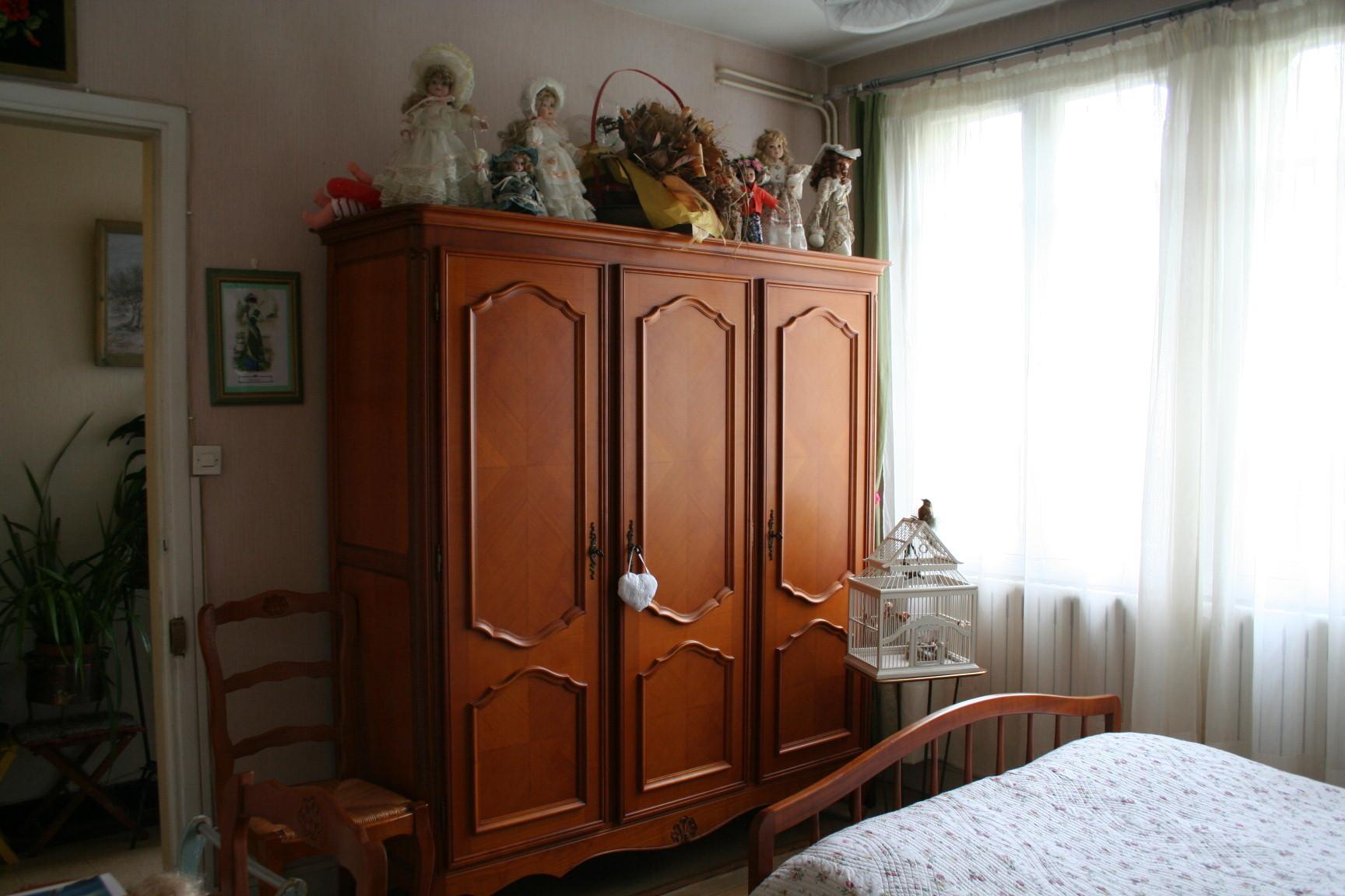 Grande Chambre meublée chez l habitant Au charme d antan