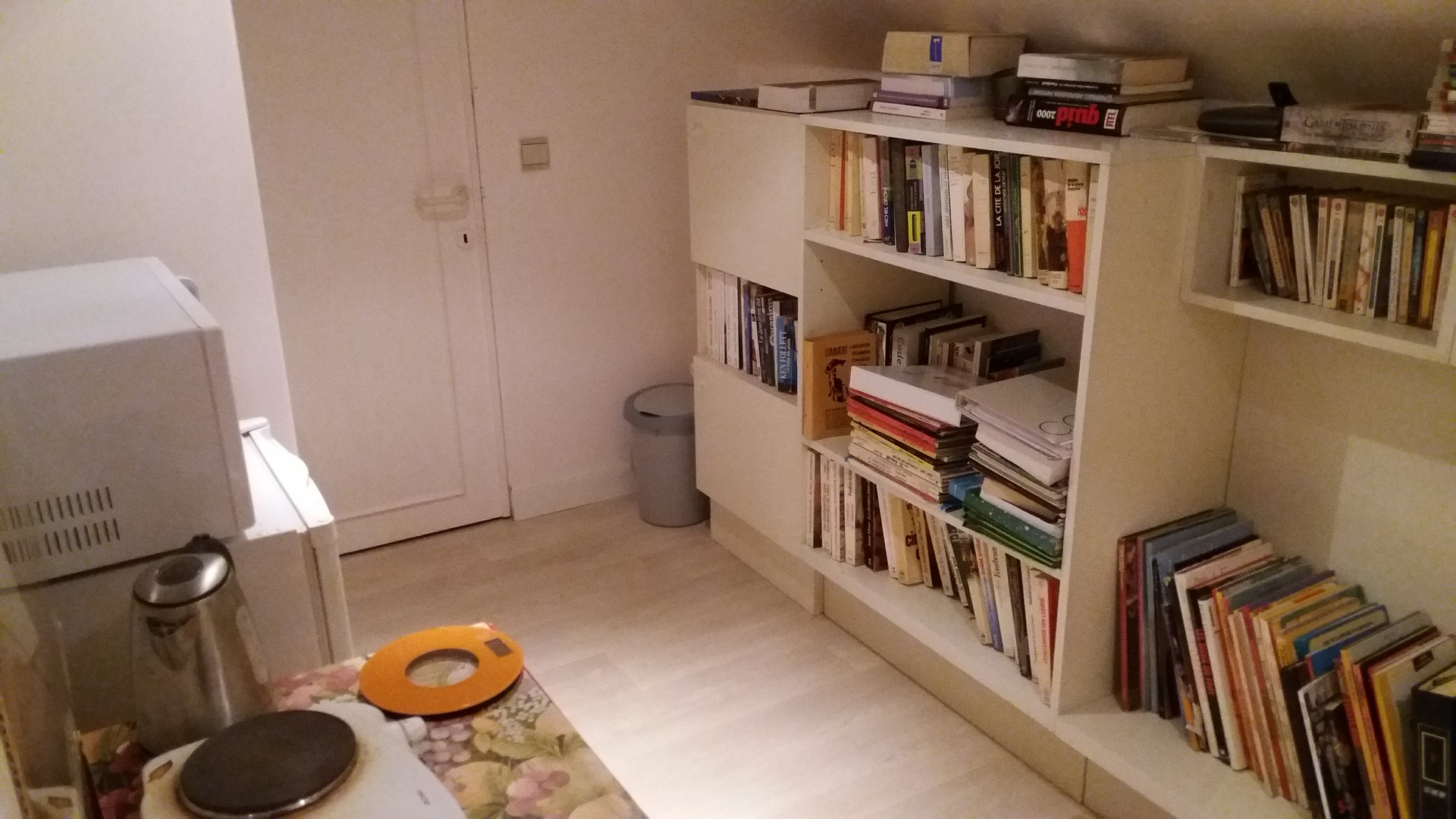 Tele Salle De Bain bedroom available in liege: share this great flat. with