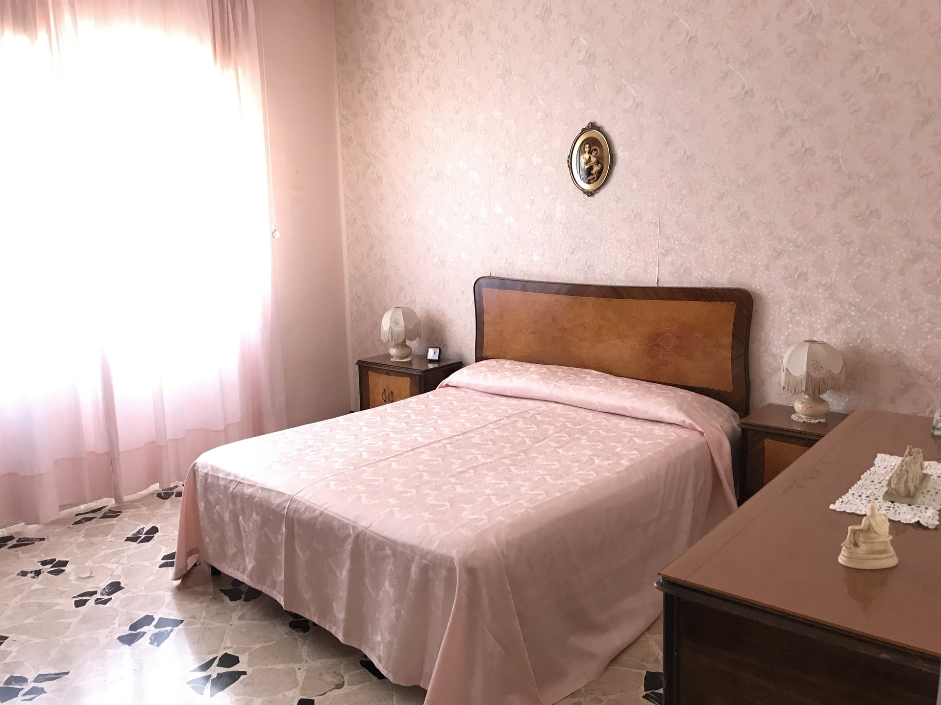 Singola Con Letto Matrimoniale.Searching For Roommate To Live In This Spectacular 4 Bedroom