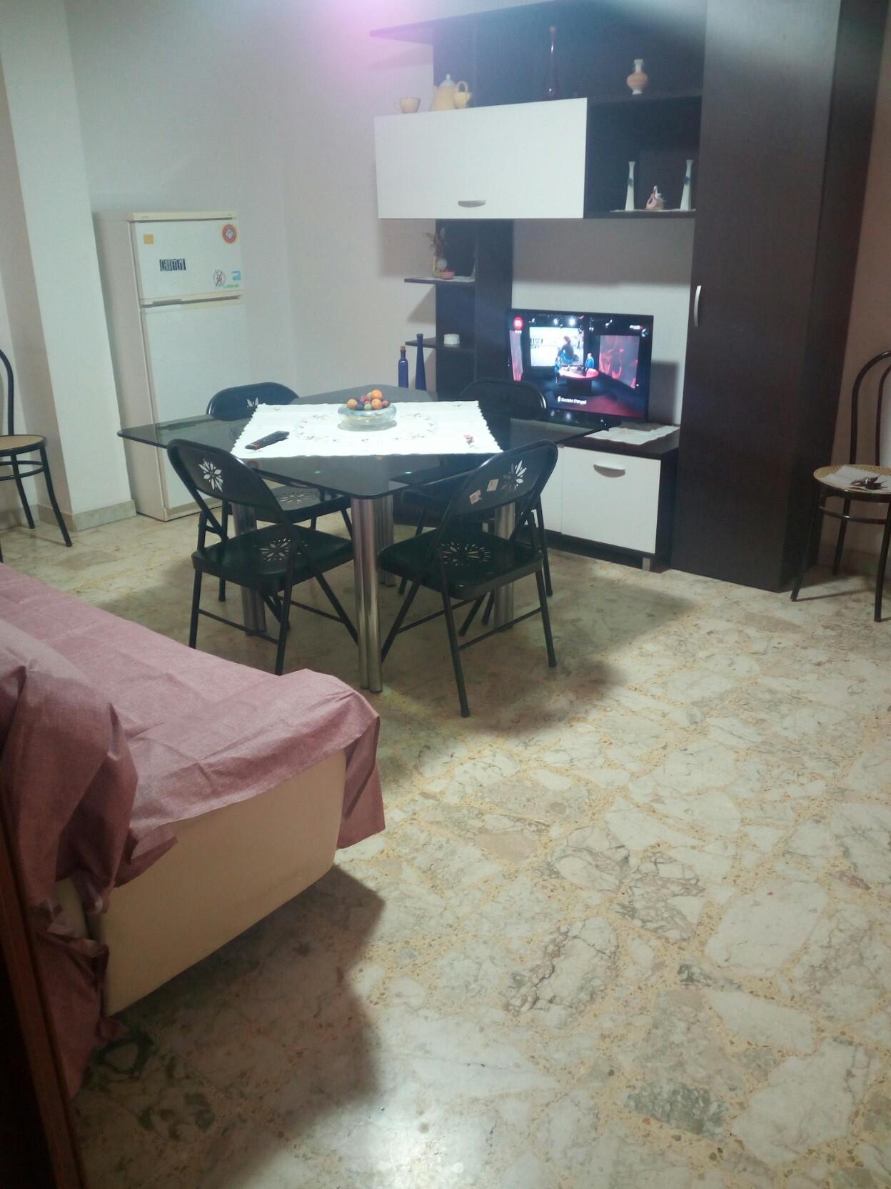 Graziosa singola in appartamento condiviso
